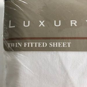 Lady Pepperell fitted sheet